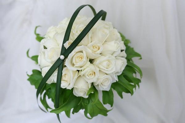 白色系清新感新娘捧花