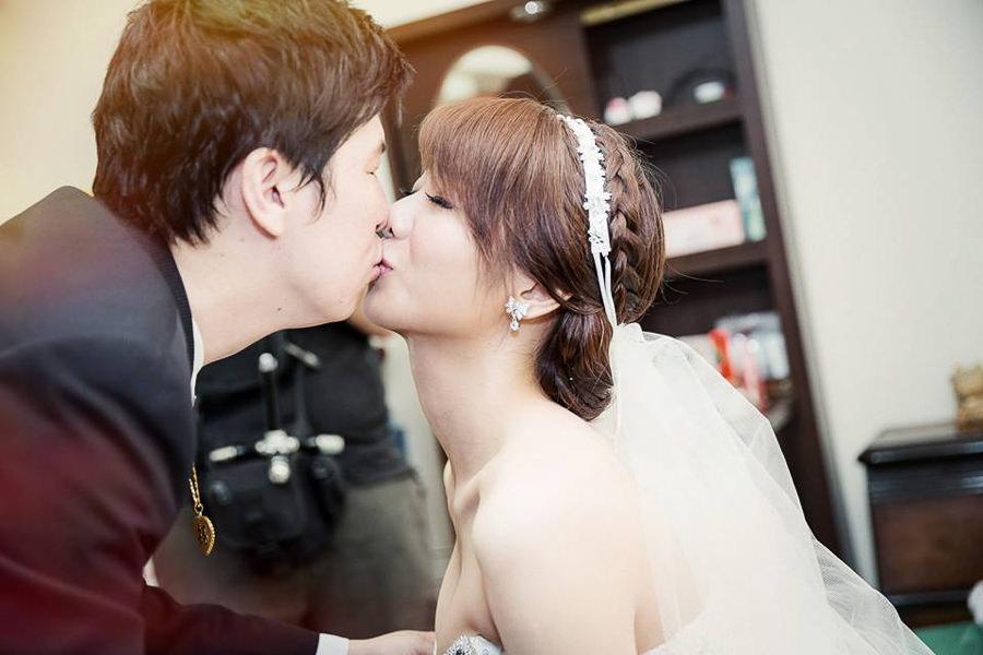 新娘秘書│甜美好媳婦感文定造型~柏緯&書綾婚宴