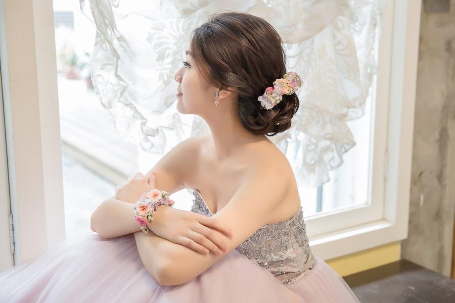 新娘雜誌作品│新娘物語-氣質浪漫的鮮花盤髮造型
