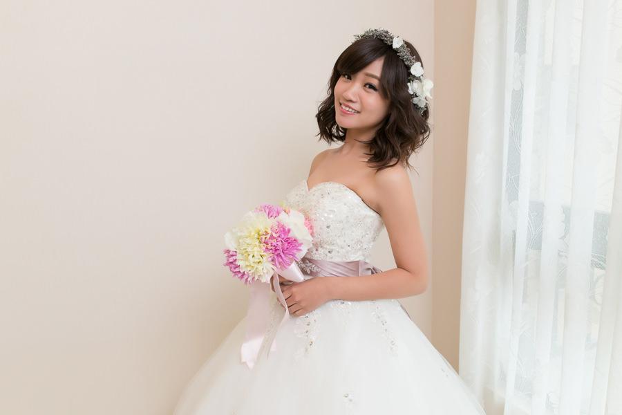 新娘造型│透亮乾淨的新娘妝~新娘短髮花環造型