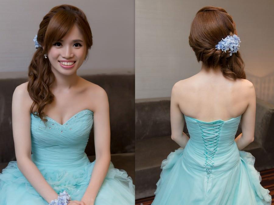 新秘Yuki│新秘推薦│藍色禮服│側邊編髮│鮮花造型│新娘髮型