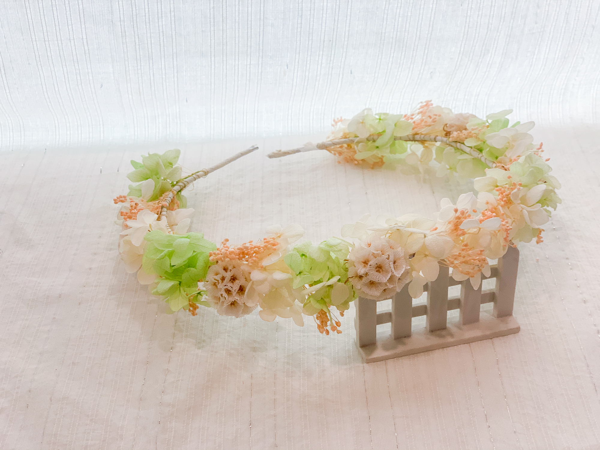 新秘Yuki, 新娘花環, 白綠色系花環, 不凋花飾品, 不凋花花環
