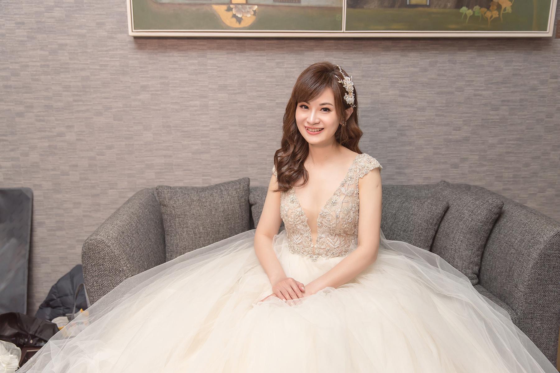 新秘Yuki, 新娘秘書, 新秘, 新娘造型, 白紗造型, 新秘推薦,新娘妝容,S。SPOSA高級手工訂製婚 ,台北新秘, 華麗風造型, 寒舍艾麗婚宴