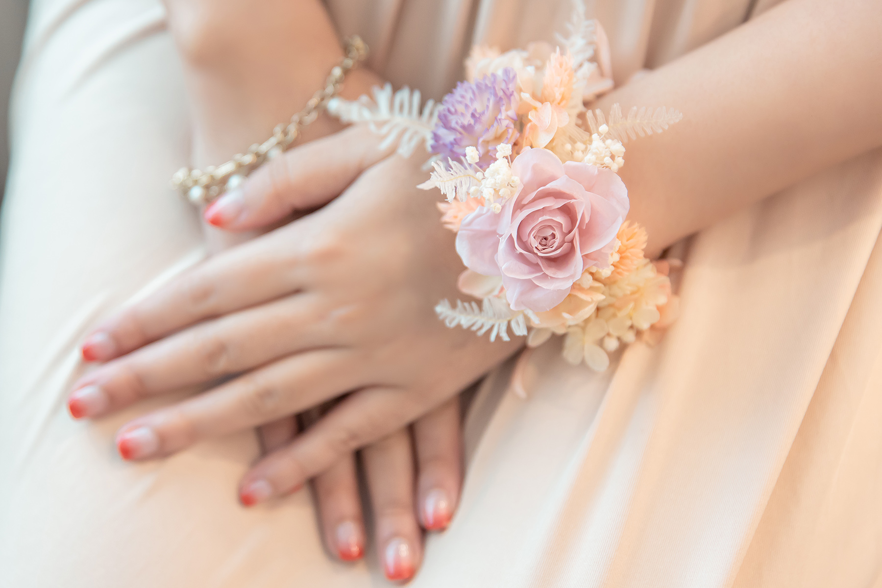 新秘Yuki,新娘手腕花,鮮花新秘,不凋花飾品,不凋花手腕花,永生花花手腕花,高雄不凋花