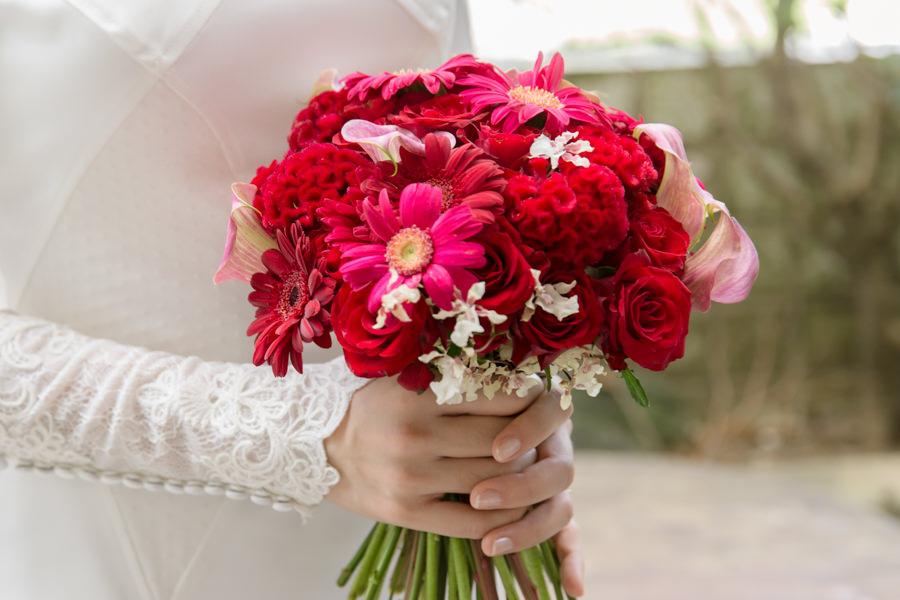 高貴感紅色新娘捧花│偉翔&沛樺婚宴