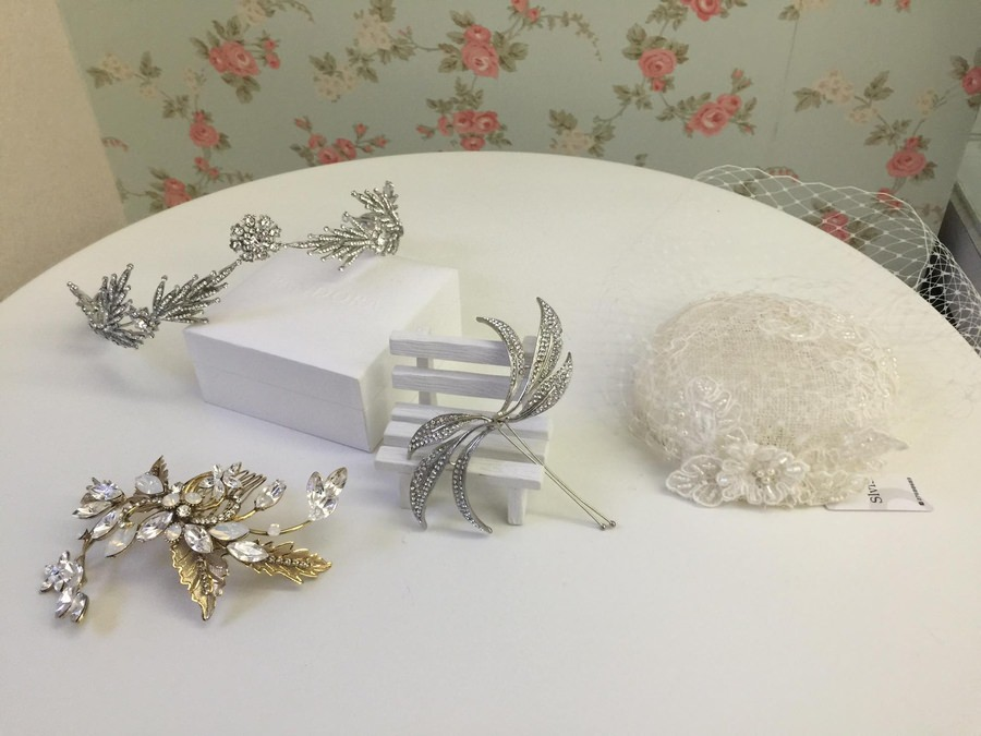 新娘頭飾│歐美風情的蕾絲紗帽與精靈系皇冠