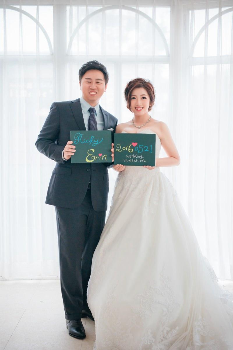 新秘Yuki│台北婚紗│白紗造型│新娘包頭│新娘長頭紗│花圈造型│婚紗照│淡水莊園